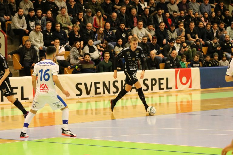 Örebro vann första matchen i Nordic cup – Johnson hjälte