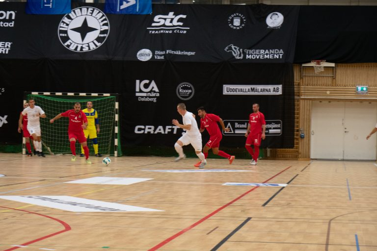 Höjdpunkter: Mido med hattrick i IFK:s premiärseger