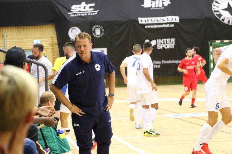 Glädjebeskedet: Mikael Alfredsson kvar i IFK Uddevalla