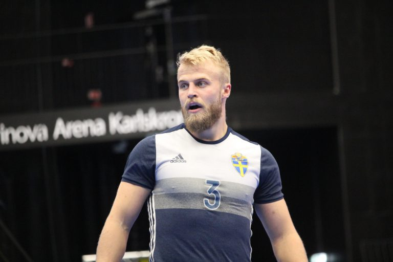 Holmqvist kallas in till VM-kvalet – ersätter skadade spelaren