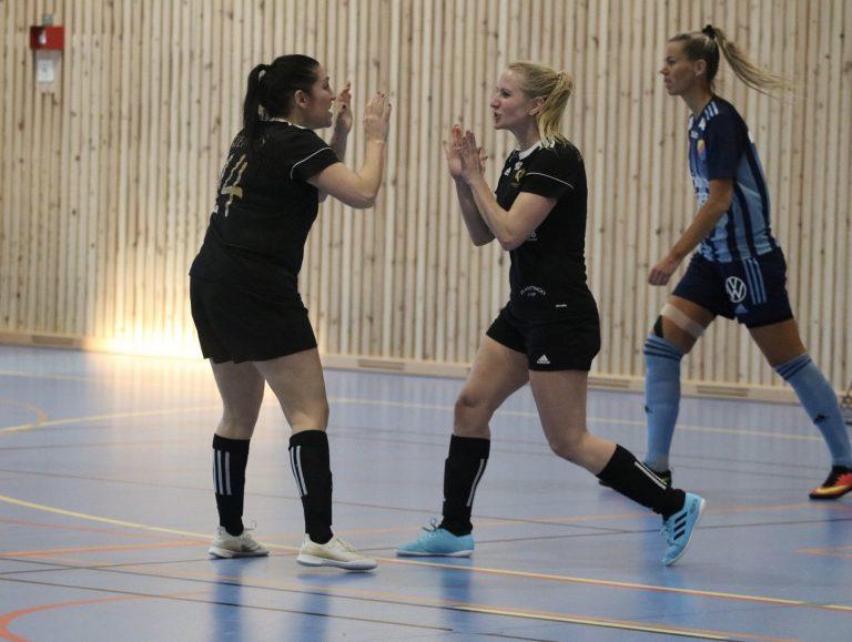 """De Brun Kenk är tillbaka i slutspelet med Järla: """"Det är vinna eller försvinna"""""""