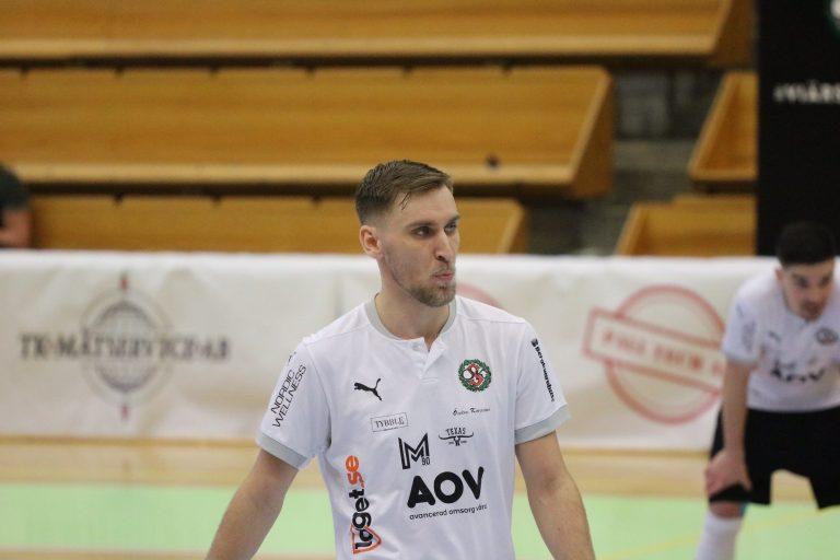 Skyttekungen lämnar ÖSK Futsal